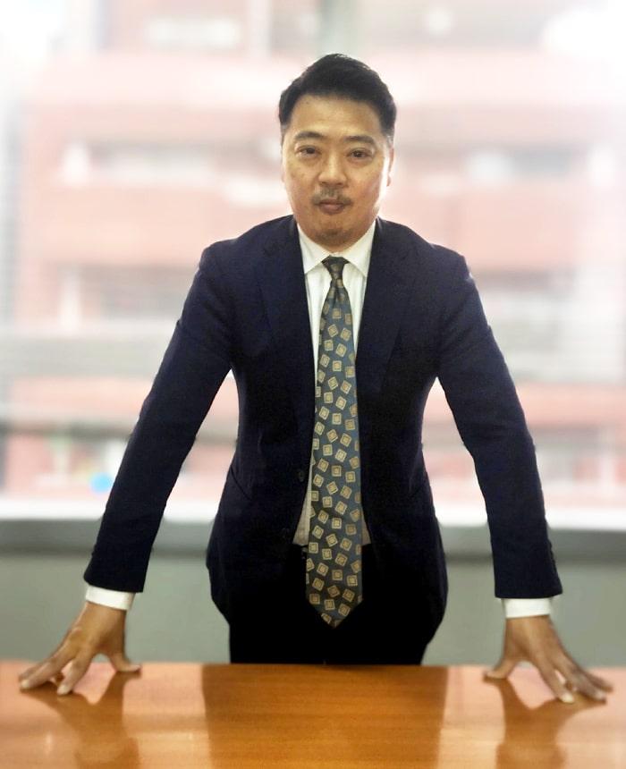 代表コンサルタント 高橋 健太